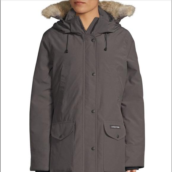 09bbd2b2255 Canada Goose Jackets & Blazers - Canada Goose Trillium down jacket, fur trim